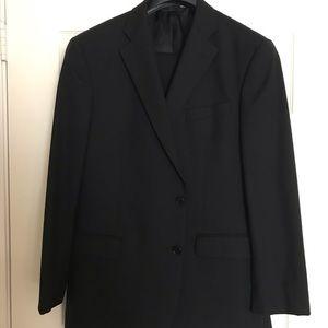 Brooks Brothers 346 Men's Black Suit.